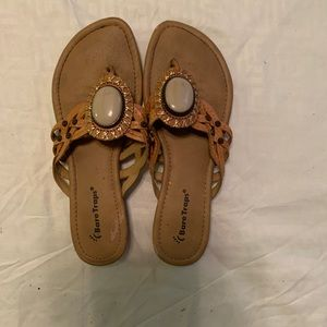 Bare Traps leather sandals